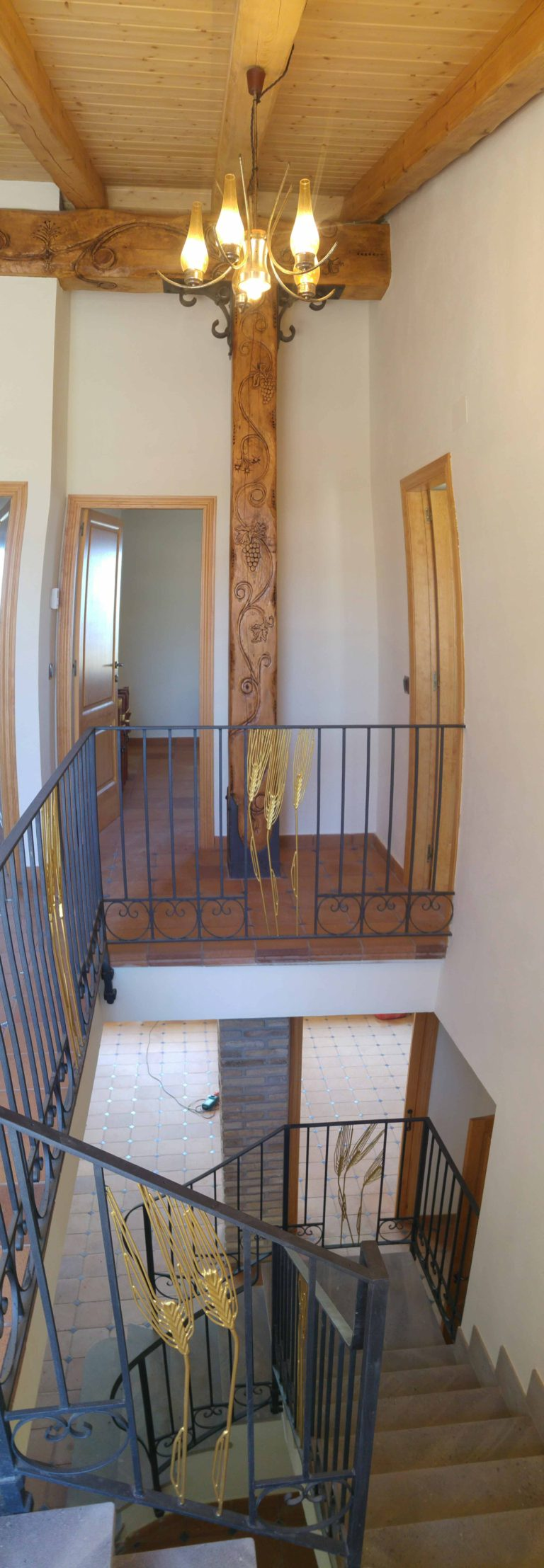 interior 6