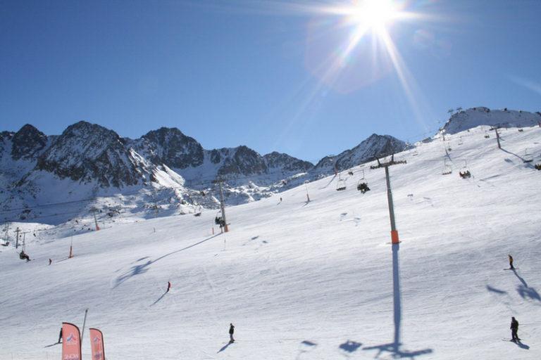 Estaciones de esquí cercanas